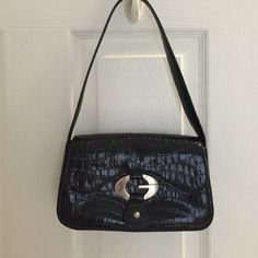 """Guess shoulder bag Bag is 8.5"""" long and 5.5"""" tall with a 20"""" strap Guess Bags Mini Bags"""