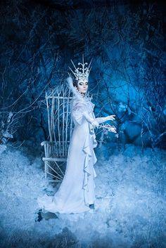Автор: Яна Сергеенкова Wicca, Ice Queen Costume, Winter Gowns, Tarot, Frozen Queen, Snow Maiden, Snow Fairy, Ice Princess, Fantasy