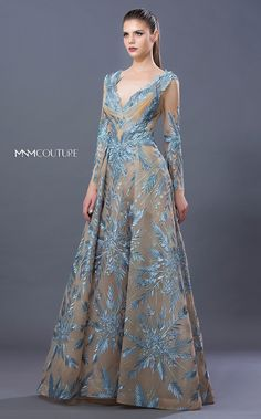 Godmother Dress, Tea Gown, Mother Of The Bride Dresses Long, Fantasy Gowns, Homecoming Dresses, Pretty Dresses, Beautiful Outfits, Designer Dresses, Ball Gowns