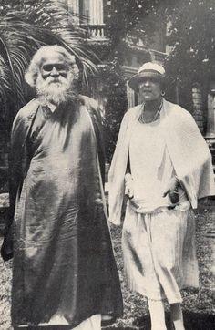 Rabindranath Tagore, with Victoria Ocampo in 1924 (Buenos Aires, Argentina) Rabindranath Tagore, Rare Pictures, Rare Photos, Victoria Ocampo, Nobel Prize Winners, Lord Murugan, History Of India, Indian Art Paintings, Actress Pics