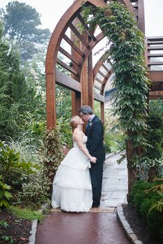 A Romantic Candlelit Peach Wedding - Sarah P. Duke Gardens Wedding, Durham, NC Photo by Kristin Moore #DukeWhiteGarden http://gardens.duke.edu/rentals/weddings