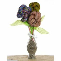 Jimmy Beans Wool Flower Bouquets - Koigu Simple Bouquet - Rainbow (Ships Early May)