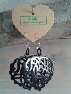 Buffelhoorn oorhangers  Made  By An