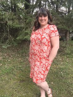 Heather dress sewing pattern from Sew Over It. Made by members of The Fold Line an online sewing community. Come Join the fun! The Fold Line, Sew Over It, Dress Making Patterns, Wardrobes, Dressmaking, Sewing Patterns, Short Sleeve Dresses, Dress Sewing, Knitting