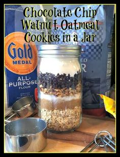 Chocolate Chip, Walnut, Oatmeal Cookies in a Jar #Cookies #Recipe