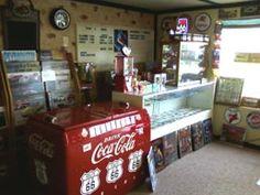 Becky's Bar, Auburn