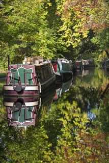 Houseboats on Oxford Canal in Autumn