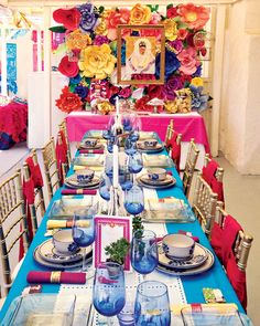 Vibrant & Festive Frida Kahlo Inspired Mexican Party // Hostess with the Mostess® Gala Dinner, Deco Table, A Table, Mexican Table Setting, Mexican Dinner Party, Tapas Party, Mexican Christmas, Diego Rivera, Fiesta Party