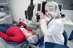 Lasik eye surgery is not for everyone. Find out if you are qualified to be a lasik candidate.