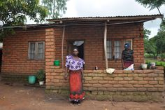 Our Kathryn has been finding out how Scottish Oxfam projects are yielding results in poorest Africa http://dailyrecord.co.uk/news/uk-world-news/widows-malawian-house-success-story-3438231