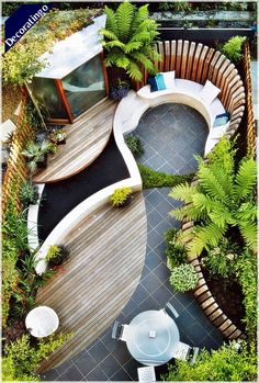 Easy Budget-Friendly Ideas To Make A Dream Patio Cozy backyard, clever tricks for small space gardens - the-small-garden-small-backyardCozy backyard, clever tricks for small space gardens - the-small-garden-small-backyard Small Garden Design, Small Space Gardening, Small Gardens, Outdoor Gardens, Garden Ideas For Small Spaces, Modern Gardens, Cool Garden Ideas, Contemporary Gardens, Contemporary Cottage