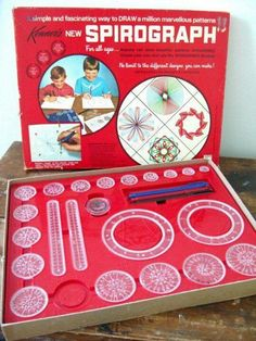 I remember playing with these at grandma's house. KENNER: 1967 Spirograph Set I remember playing with these at grandma's house. My Childhood Memories, Childhood Toys, Sweet Memories, Memories Jar, 80s Kids, Retro Toys, 1970s Toys, Vintage Toys 80s, Vintage Art