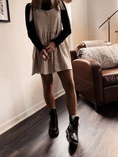 how to style outfits Fashion 90s, Look Fashion, Autumn Fashion, Womens Fashion, Teen Fashion Outfits, Mode Outfits, Trendy Outfits, Popular Outfits, Simple Outfits
