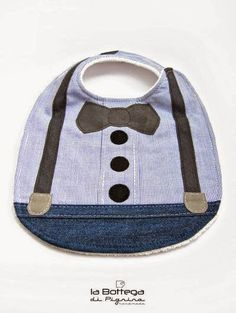 Bib with bow tie and suspenders - Baby - Baby Diy Baby Sewing Projects, Sewing For Kids, Baby Bibs Patterns, Diy Bebe, Patchwork Baby, Baby Kind, Baby Crafts, Baby Accessories, Baby Quilts