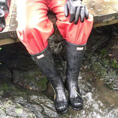 Rain Gear, Hunter Boots, Rubber Rain Boots, Knee Boots, Leather, Vintage, Fashion, Welly Boots, Trousers