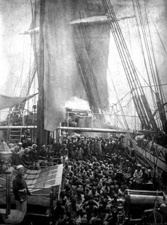 Rescued east African slaves crowd the deck of the HMS Daphne. - Extremely rare photo of packed slave merchant ship. Rescued slaves aboard HMS Daphne, a British Royal Navy vessel involved in anti-slave trade activities in the Indian Ocean, 1868 African American History, History Facts, World History, History Images, Strange History, British History, Old Pictures, Old Photos, Vintage Pictures