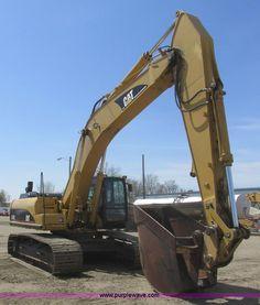 A8792.JPG - 2003 Caterpillar 330C L excavator , 12,083 hours on meter , Caterpillar C9 8 8L six cylinder turbo d...