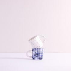 Image of zestaw kubków w patterny