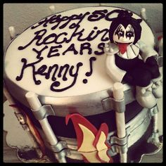 Kiss Cake at NashvilleSweets.com