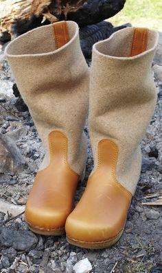 Felt clog boots - Plümo Ltd