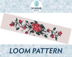Vintage Rose Stitch Pattern Loom Bead Bracelet / por ScarabJewels