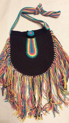 Inspi Source by Crochet Clutch, Crochet Handbags, Crochet Purses, Knit Crochet, Crochet Bags, Moda Hippie, Gypsy Bag, Pakistani Fashion Casual, Ethnic Bag