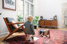 The red rug. BROTHER & SISTER - BLEUBIRD