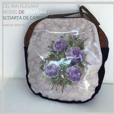 """Geanta """"Trandafirul nimănui""""* *Titlul unei cărţi a lui Paul Celan #handbag #handmade #custommade #premium #exclusive"""
