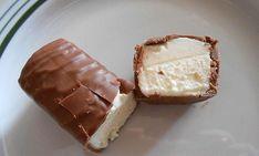 Domácí Milky Way tyčinky bez zbytečných éček. Děti ji milují a vy budete mít… Sweet Recipes, Cake Recipes, Dessert Recipes, Homemade Cheese, Homemade Food, Pastry Cake, Chocolate Recipes, A Table, Sweet Tooth