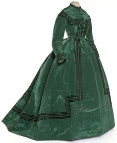 Dress 1866-1868 - would love to have been around at the time to be able wear it!!!