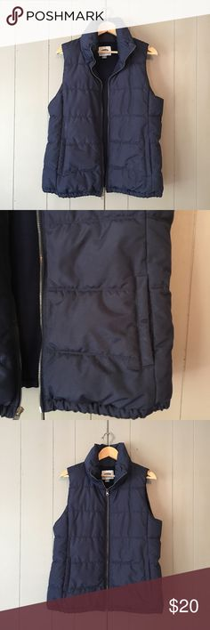 """Navy Quilted Vest by Old Navy Excellent used condition and super soft and warm! Great for bundling up if you don't want to wear a heavy jacket. This vest kept me very warm the few times I wore it. Armpit to armpit is 21"""" (zipped). Length is 26"""". True to size. Offers are welcome. ☺️ Old Navy Jackets & Coats Vests"""