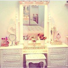 Cute Vanity <3