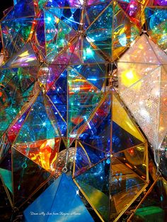 万華鏡のように・・・|Dear My Son ~ 愛する小吾郎へ Rainbow Aesthetic, Light Installation, Art Installations, Luminaire Design, Stained Glass Art, Light Art, Rainbow Colors, Abstract Art, Abstract Sculpture