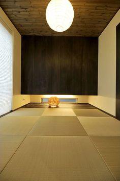 和室 Japanese Modern House, Japanese Living Rooms, Japanese Interior, Japanese Design, Washitsu, Tatami Room, Japanese Architecture, Cozy Place, Apartment Interior