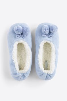 Cute Casual Outfits, Home Textile, Hygge, Me Too Shoes, Slippers, Textiles, Sewing, Lady, Winter