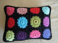 Ravelry: Cozycouch's Circle-in-a-Square Motif Cushion