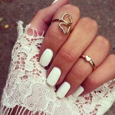 ღ Matte white nails and gold jewellery