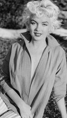Marilyn Monroe💋 By Ted Classic Hollywood, Old Hollywood, Hollywood Actresses, Miriam Jacks, Marilyn Moroe, Divas, Marilyn Monroe Photos, Norma Jeane, Vintage Beauty