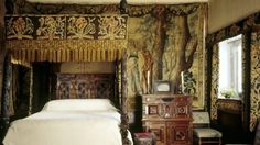 Bilderesultat for genuine victorian window drapes