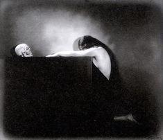 Crane, Bad Picture, Vanitas, Skull And Bones, Paris, Memento Mori, Black And White Photography, Dark Side, Photo Art