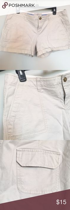 Classic light khaki shorts Classic 3 1/2 inch khaki shorts, Old Navy brand, low rise, size 14, super comfy - you wouldn't even think you're wearing khakis! Old Navy Shorts Cargos
