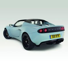 Lotus Elise: oh geez I want to cry its so damn beautiful.