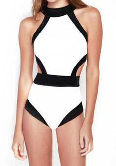 Sexy Round Neck Color Splicing Backless One-Piece Swimsuit For Women
