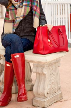 girls Red Hunter Boote Outfit Winter Closet 59 Ideen If you are planning on doing a lot of work on y Winter Shoes, Fall Winter Outfits, Winter Fashion, Winter Ootd, Women's Fashion, Winter Wear, Winter Style, Fashion Trends, Red Hunter Boots
