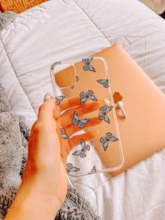Girly Phone Cases, Pretty Iphone Cases, Diy Phone Case, Iphone Phone Cases, Objet Wtf, Apple Coque, Tumblr Phone Case, Capas Samsung, Accessoires Iphone