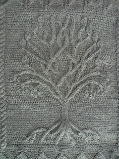Ravelry: Project Gallery for Tree pattern by Ariel Barton - free knitting pattern That is sooooo beautiful!!!!!