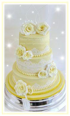 Yellow rose - Weddingcake for Ivora & Bert