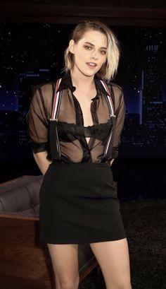 Bella Swan, Kristen Stewart, Pretty Necklaces, Emma Watson, Beautiful Celebrities, Amazing Women, Ps, Entertainment, Models