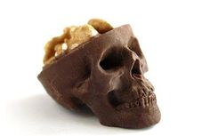Chocolate and nuts go together like, well. chocolate and nuts. But there has never been a better presentation of this dynamic duo than Chocolate Skulls Gone Nuts. Chocolate Lego, Death By Chocolate, White Chocolate, Creepy Halloween Party, Halloween Candy, Halloween Foods, Halloween Season, Halloween Ideas, Halloween Baking