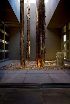Casa moderna by earthspiritart, via Flickr